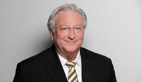 Dr. Reinhold Schneider