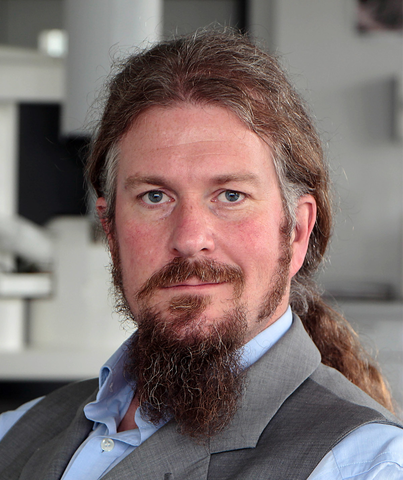 Dr. Philipp Stolper